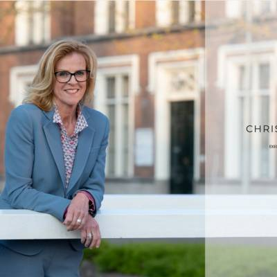 Mooie recensie van Christel Clarijs  !